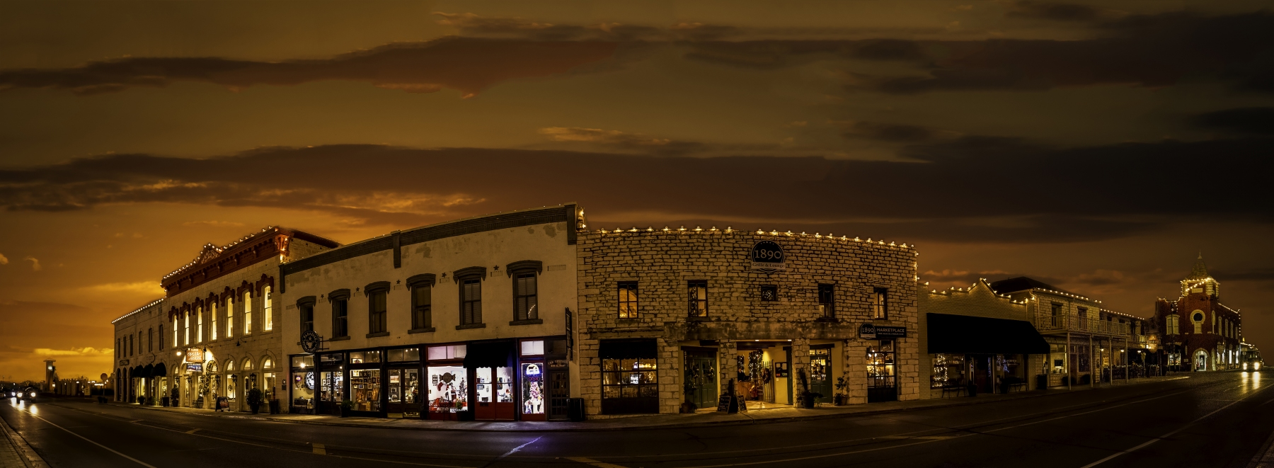 Granbury Square Evening
